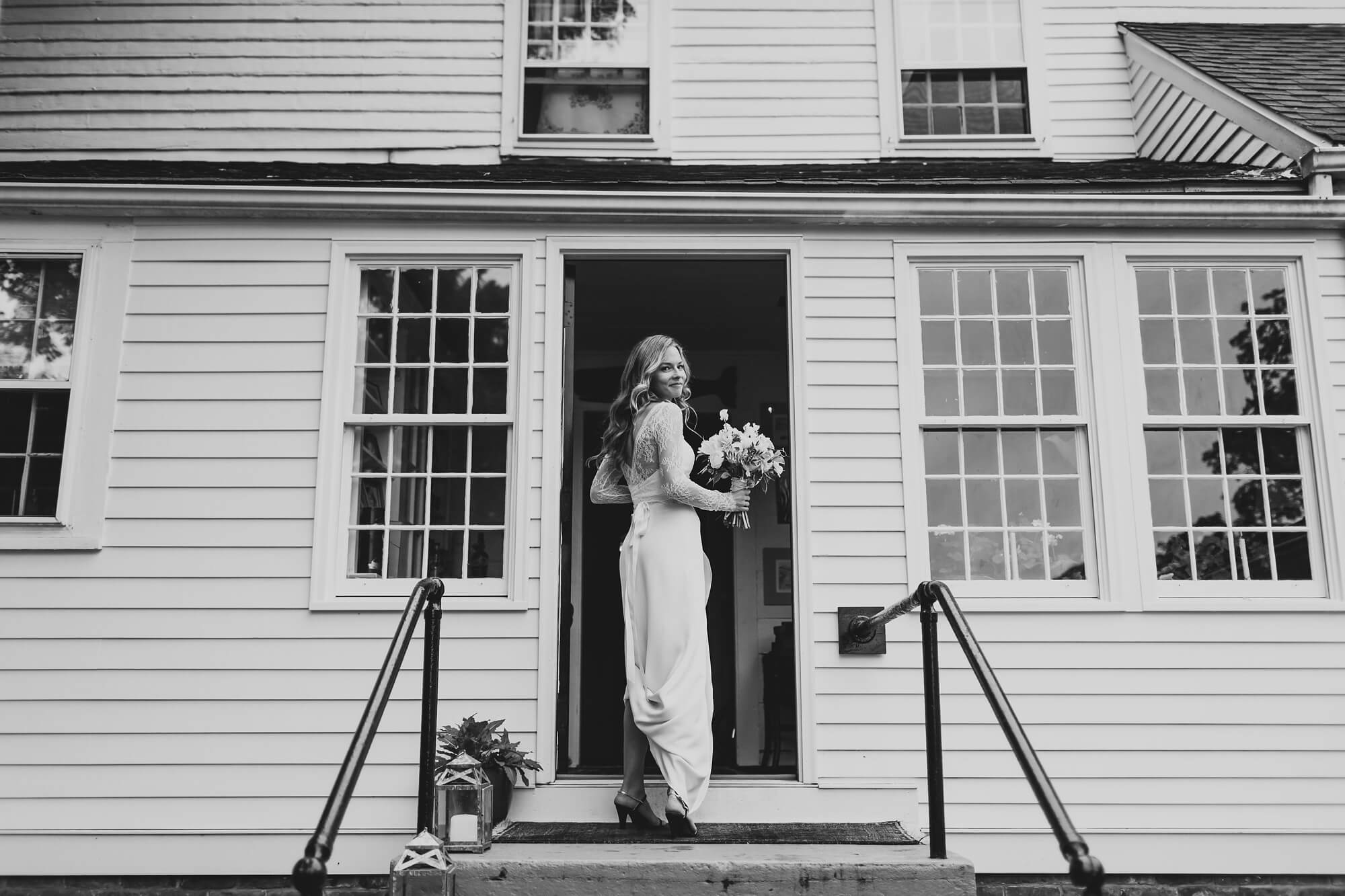 ct-intimate-backyard-wedding_0164