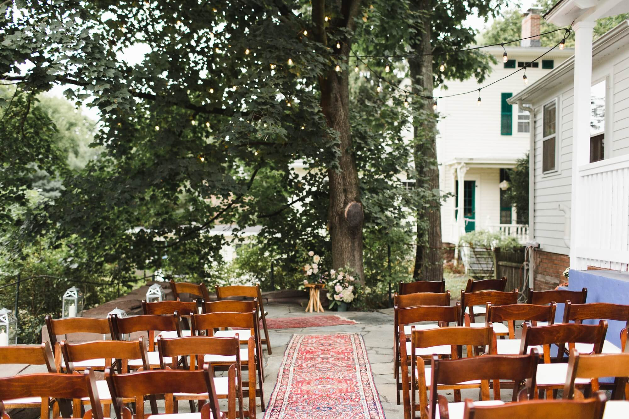 ct-intimate-backyard-wedding_0193