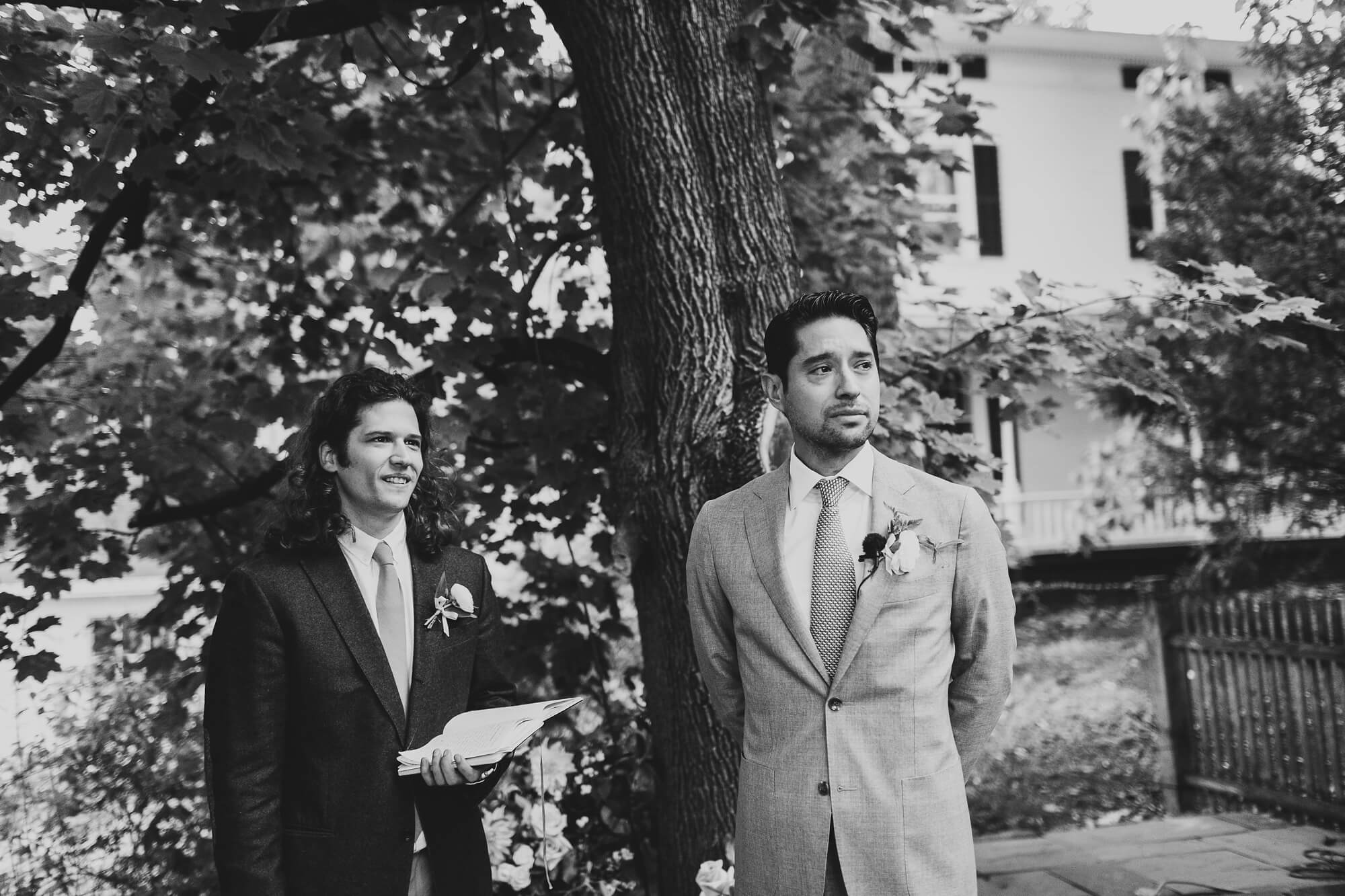 ct-intimate-backyard-wedding_0200