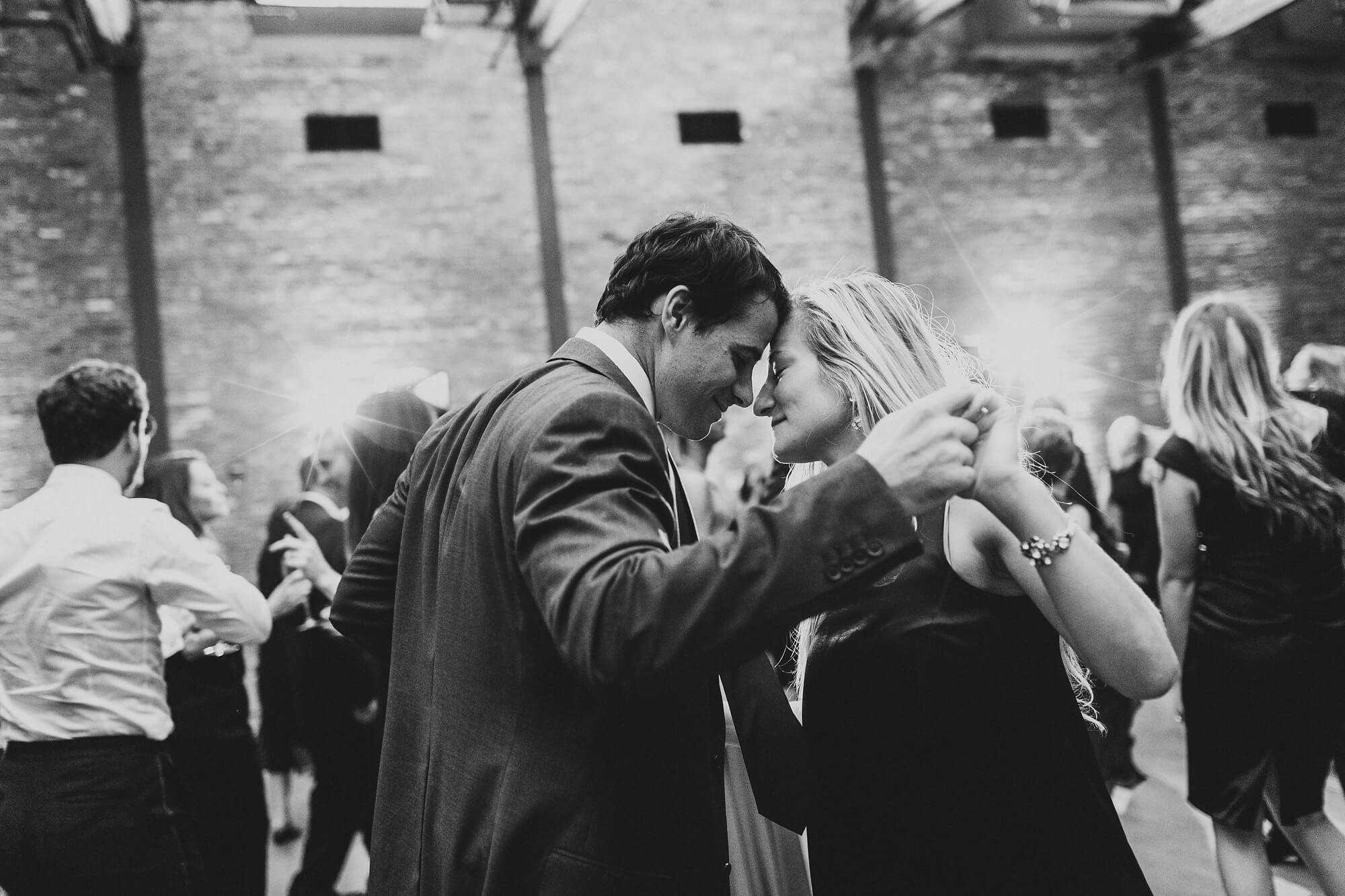 roundhouse-beacon-ny-wedding_0618